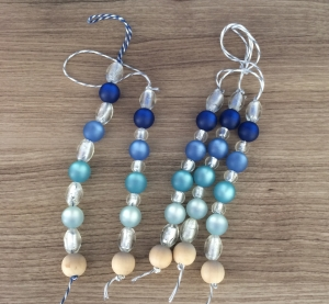 Guirlandes perles bleu